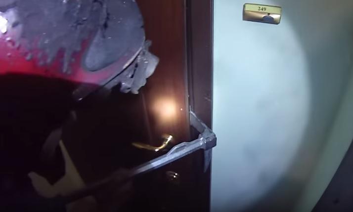 Вызов МЧС на вскрытие двери